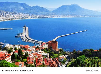 Luxus All-Inclusive Urlaub in der Türkei: Alanya - Hafen und Red Tower