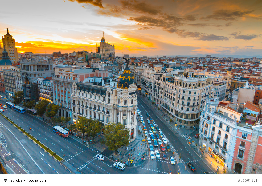 Sonnenuntergang in Madrid, während eines Urlaubs.