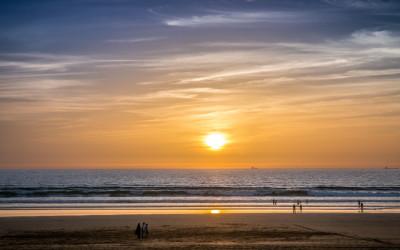 Sonnenuntergang am Strand von Agadir, während eines Urlaubs in Marokko.